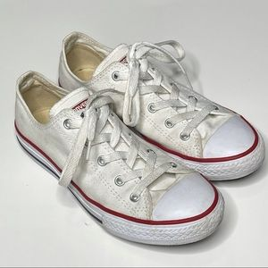 Converse Chuck Taylor Low Sneaker Lace Up Shoe